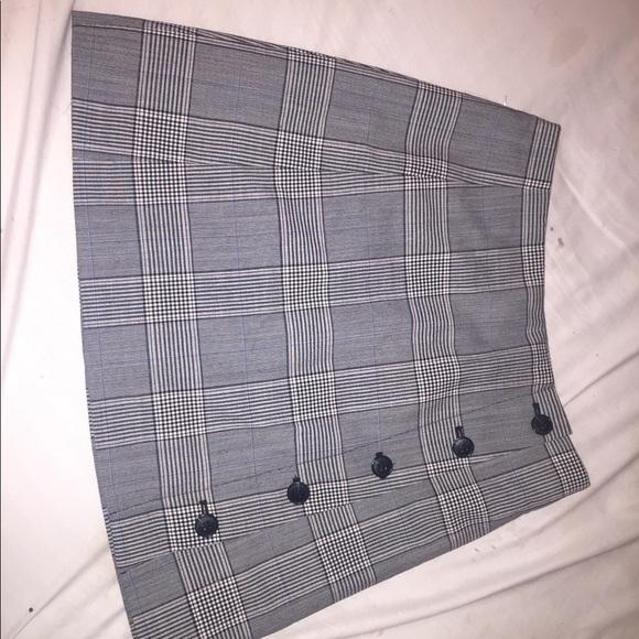 Aritzia Dresses & Skirts - Sunday Best-Aritzia Grey Plaid A-Line Skirt